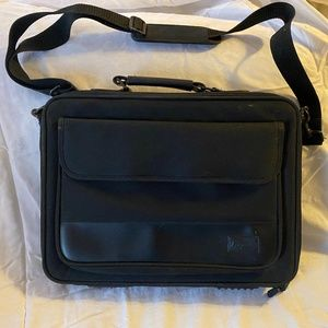 Targus fabric laptop bag with removable strap
